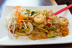 Thai Pad Kee Mao Rice Noodle with Prawns Stock Images