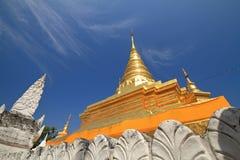 thai pagoda Arkivfoton