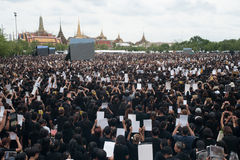 Thai people come for singing the anthem of His Majesty King. Royalty Free Stock Images