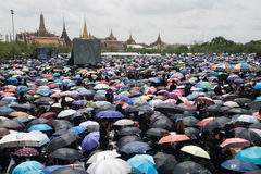 Thai people come for singing the anthem of His Majesty King Bhum Stock Photos
