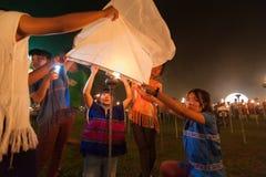 Launching sky lanterns Royalty Free Stock Photos