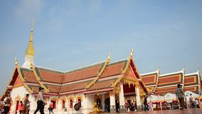 Thai people travel and pray at Phra That Choeng Chum temple stock video