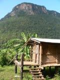 thai primitivt skjul för hilltribe Arkivbilder