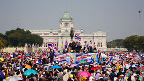 Thai protesters gather at King Rama 5 statue Stock Image