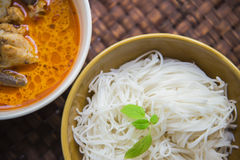 Thai rice vermicelli with Green Chicken Curry on weaving mat5 Royalty Free Stock Images