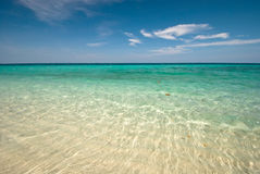 Thai sea : White sand beach and blue sky Stock Photography