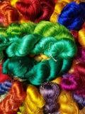 thai silke, når att ha blekt och att ha färgat colorfull arkivfoton