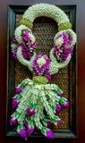 Thai stil för blommagirland fotografering för bildbyråer