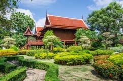 Thai stil för hus Arkivfoton