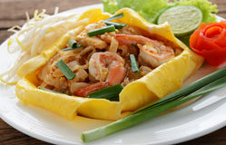Thai style noodles or padthai Royalty Free Stock Images