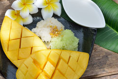 Thai Style Tropical Dessert, Glutinous Rice Eat With Mangoes Stock Image