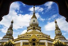 Thai tample Wat Phra Mahathat Chedi Chaimongkol Royalty Free Stock Image