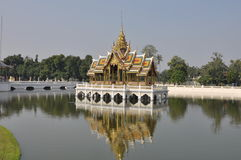 Thai temple. On the lake . Reflection Royalty Free Stock Photo