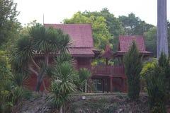 thai traditionellt trä för hus royaltyfri foto