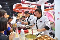 THAIFEX的厨师-食物亚洲世界2017年 免版税库存图片