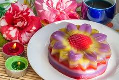 Thailändische Nachtisch Schicht-süßer Kuchen oder Kanom Chan lizenzfreies stockfoto