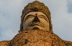 Thailändische alte Buddha-Statue Lizenzfreie Stockfotos