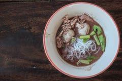 Thailändische Art der Nudelsuppe stockfotografie