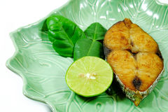 Thailändische Art Fried King-Makrele Stockbild