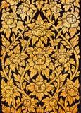 Thailändische Artkunst des Musters auf der Tür im Tempel, Thailand Textu Lizenzfreies Stockfoto