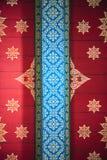 Thailändische Artkunst des Musters auf der Wand im Tempel, Thailand tex Stockbild