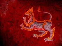 Thailändische buddhistischer Tempel-Wandmalerei in Satahip, Chonburi, Thailand Stockbilder