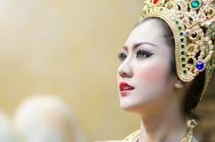 Thailändische Frauen im nationalen Kostüm Lizenzfreie Stockfotografie