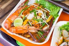 Thailändische gebratene Nudeln Stockfotos