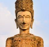 Thailändische große alte Buddha-Statue Lizenzfreies Stockfoto