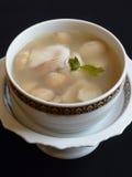 Thailändische Küche, Tom-Jamswurzelwinkel des leistungshebels Stockfoto