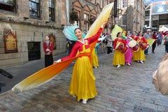 Thailändische Kostüme in Edinburgh Stockfotografie