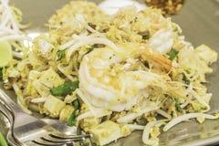Thailändische Lebensmittel Auflage thailändisch, Aufruhrfischrogennudeln in padthai Art Stockfotografie