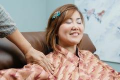 Thailändische Massage-Reihe lizenzfreie stockbilder