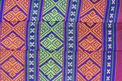 Thailändische Musterkunstart auf Baumwollkissen Lizenzfreie Stockfotos