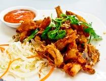 Thailändische Nahrung, knusperiger gebratener Fisch 1 stockfoto