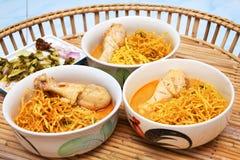 Thailändische Nudel-Curry-Nordsuppe Stockbild