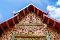 Thailändische Tempelfassade Stockfoto