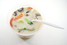 Thailändische Tom-kha gai Suppe Stockfoto
