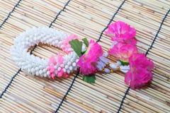 Thailändische traditionelle Jasmingirlande Lizenzfreie Stockbilder