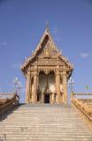 Thailändischer buddhistischer Tempel in Nakhon Ratchasima Lizenzfreie Stockbilder