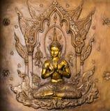 Thailändischer Kunststuck auf der Wand der Kirche Lizenzfreies Stockbild