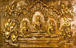 Thailändischer Kunststuck auf der Wand der Kirche Lizenzfreie Stockfotos