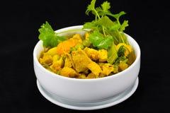 Thailändischer Lebensmittel-Schweinefleisch-Curry mit Kraut Stockfoto