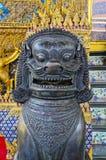 Thailändischer Leo Statue lizenzfreie stockbilder