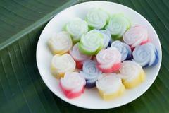 Thailändischer Nachtisch, Kanom Chan, überlagern weichen Pudding Stockfoto