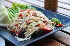 Thailändischer Papayasalataufschlag mit Gemüse Lizenzfreies Stockbild