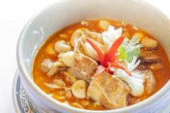 Thailändischer roter Curry mit Schweinefleisch stockfotos