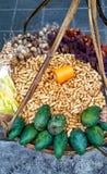 Thailändischer Snack auf Straße, im altem Stil Straßenverkäufer Stockfotografie