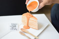 Thailändischer Teekreppkuchen Stockfotografie