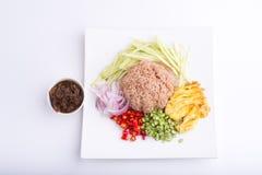 Thailändischer Teller, Kao Kluk-kapi, Brauner/des Purpurs gebratener Reis Stockbild